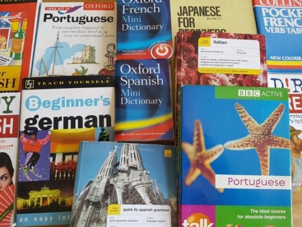 Des livres pour apprendre plus d'une langue internationale