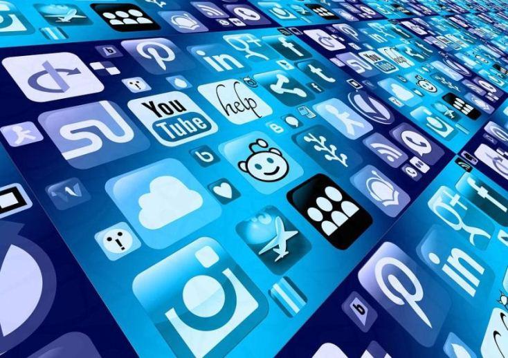 choisir les médias sociaux comme outil de communication