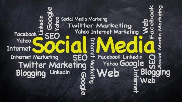 se servir des médias sociaux comme outil de communication